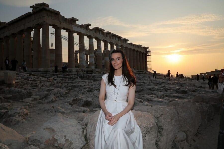 Η φιλέλληνας Αριάνα Rockefeller επισκέφθηκε την Αθήνα για διακοπές